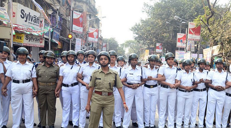 kolkata-police-constable-picture
