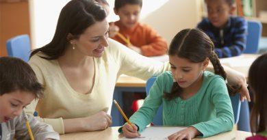 Qatar Teacher picture
