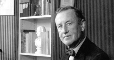 ian-fleming picture